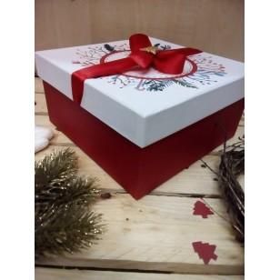 Коробка с крышкой подарочная